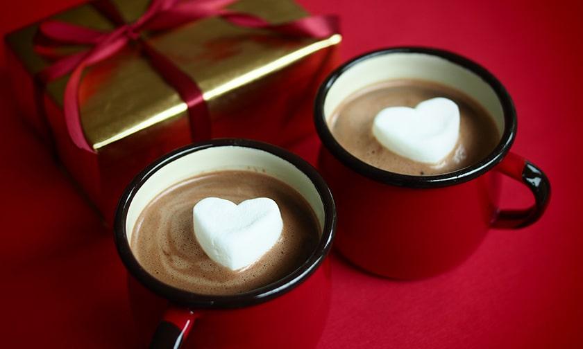 写真:ココロも温まるハートのホットチョコレート
