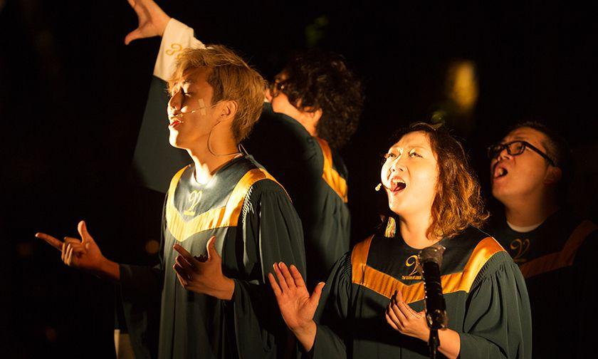 写真:「夏夜の森の音楽礼拝」