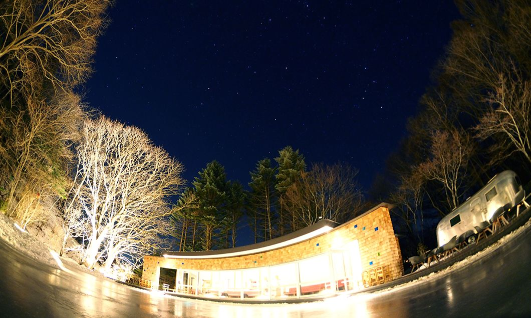 写真:氷上の星空ウォッチング