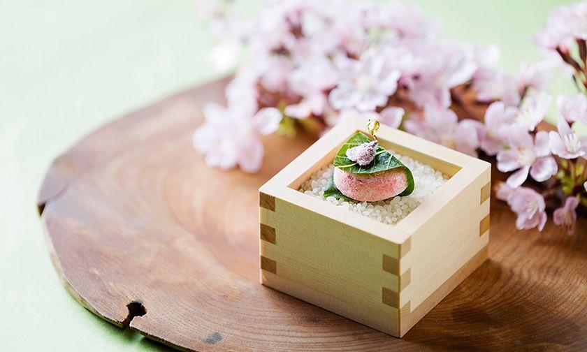 写真:1品目:桜餅のギモーブ・苺桜(いちござくら)