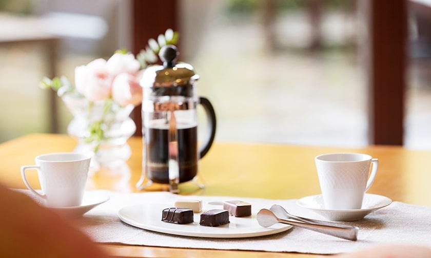 写真:ちょこっとコーヒーブレイク。「ボンボンショコラ コーヒーペアリング」
